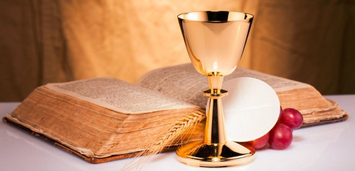 Holy-Communion-